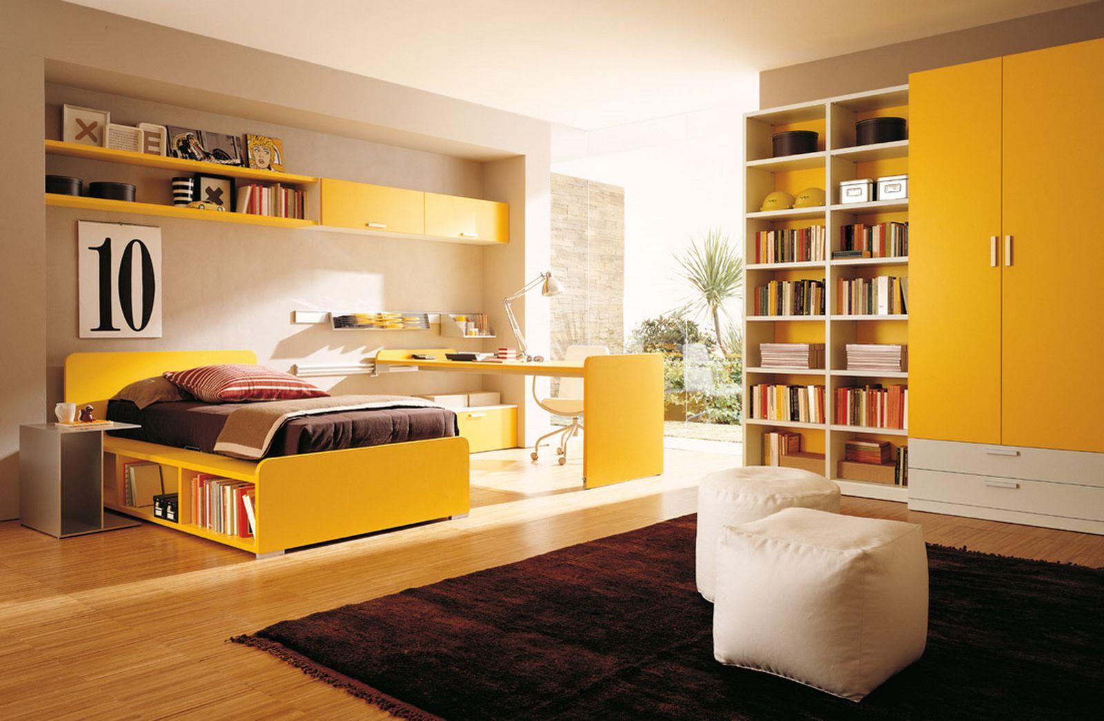 Dormitor pe galben pentru copil